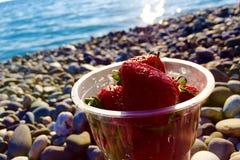 草莓甜点 免版税库存照片