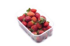 草莓箱子 免版税库存图片