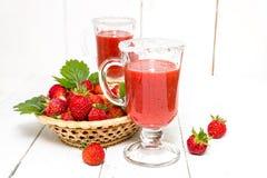 草莓纯汁浓汤用糖 库存照片