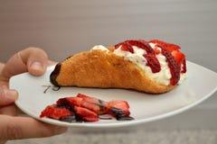 草莓肉卷 库存照片