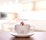 草莓茶 免版税库存图片