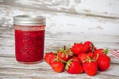 草莓蜜饯 免版税库存照片