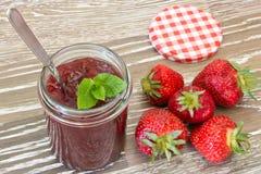 草莓蜜饯 库存图片