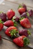 草莓跟斗  免版税库存照片