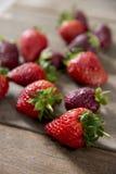 草莓跟斗  图库摄影