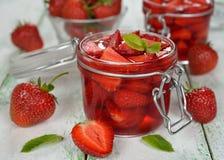 结冻草莓 图库摄影