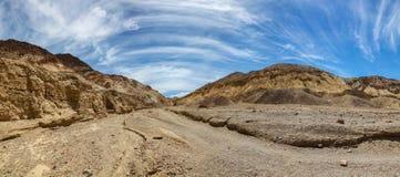 荒芜峡谷全景在死亡谷国家公园 免版税库存图片