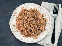 荞麦意大利煨饭用干蘑菇 免版税库存照片