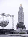 荣耀比利时步兵的纪念碑在多云天气的 图库摄影
