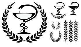 药房标志医疗蛇和杯子 免版税库存照片