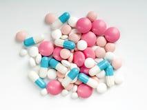 药片和胶囊 库存图片