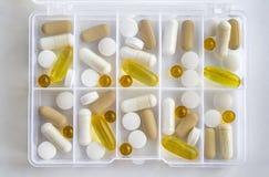 药片的箱子,每日治疗,医生任命 图库摄影