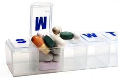 药片配件箱 库存照片