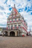 荷兰扁圆形干酪,荷兰- 2012年5月18日:哥特式大厦老 免版税库存照片