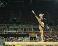 荷兰的奥林匹克冠军Sanne Wevers竞争在平衡木妇女的艺术性的体操的决赛 库存图片
