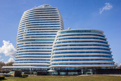荷兰税务局的现代办公楼在格罗宁根 免版税库存照片