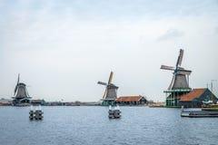 荷兰语传统风车 图库摄影