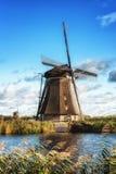 荷兰语传统风车 免版税库存照片