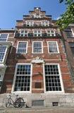 荷兰语有历史的房子 免版税库存照片