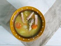 荷兰语浓豌豆汤 免版税库存图片