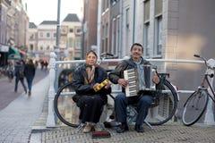 荷兰语musiciants街道 图库摄影