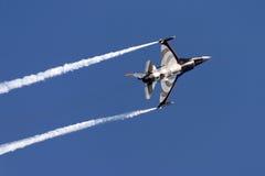 荷兰F-16表现 库存图片