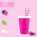 莓圆滑的人食谱 免版税库存照片