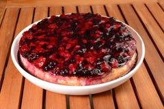 莓果蛋糕 免版税图库摄影