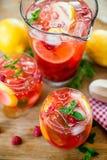 莓柠檬水 库存图片