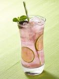 黑莓清凉饮料 免版税库存照片
