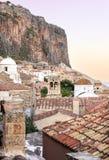 莫奈姆瓦夏城堡镇在Lakonia,希腊 库存照片