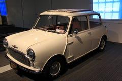 1960年莫妮斯迷你Minor/850在显示,萨拉托加汽车博物馆,纽约, 2015年 免版税图库摄影