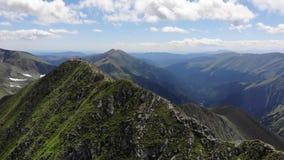 莫尔多维亚努-高山峰顶-弗格拉什山-罗马尼亚 股票视频