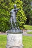 莫扎特雕象在游行庭院里 在巴恩,萨默塞特,英国 免版税库存照片
