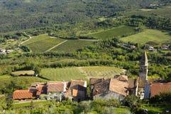 莫托文村庄在克罗地亚,欧洲 图库摄影