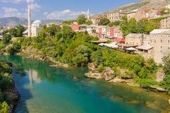 莫斯塔尔Neretva河柯斯基Mehmed巴夏清真寺 免版税图库摄影