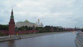 莫斯科俄国 在克里姆林宫墙壁附近的莫斯科河 影视素材