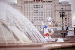 莫斯科俄国 2018 5月31日, 2018个FIF的正式吉祥人 免版税库存图片