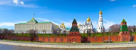 莫斯科克里姆林宫的全景 免版税库存图片