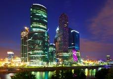 莫斯科商业中心在夏夜 库存照片