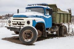 """莫斯科地区,俄罗斯†""""2018年1月1日:老苏联卡车ZIL 库存照片"""
