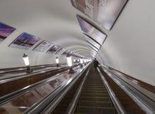 莫斯科地铁自动扶梯 库存图片