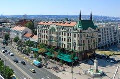 莫斯科旅馆和喷泉在Terazije广场 免版税库存照片