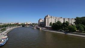 莫斯科河和克里姆林宫天,莫斯科,俄罗斯--莫斯科普及的见解  股票录像