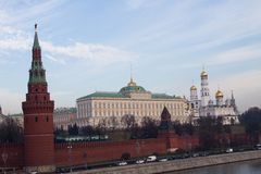 莫斯科河的克里姆林宫视图 免版税图库摄影