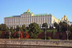 莫斯科盛大克里姆林宫宫殿和通告大教堂 库存图片