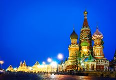 莫斯科红场和圣徒蓬蒿s大教堂夜视图  图库摄影