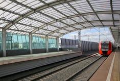 莫斯科铁路MCC的一点圆环或者MK MZD,俄罗斯 Luzhniki火车站 库存照片