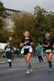 6莫斯科马拉松的参加者 免版税库存图片