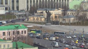 莫斯科,俄罗斯,纪念碑圣徒王子弗拉基米尔 莫斯科中心 视图的玻璃 影视素材
